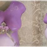 Babybauchabdruck lila Blumen Straßsteine